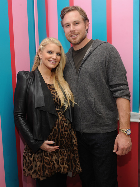 Jessica Simpson Gives Birth to a Baby Girl!
