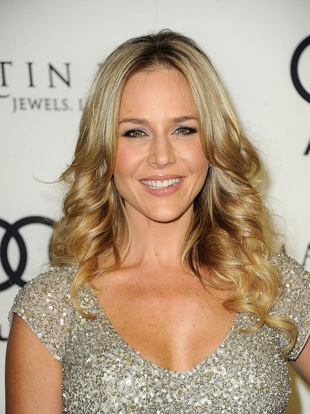 Actress Julie Benz Ties the Knot