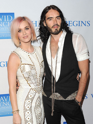 Extra Scoop: Russell Brand Says Divorce Was His &#039;Biggest Mistake&#039;