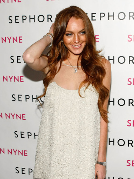 Lindsay Lohan Faces $40,000 Tanning Bill