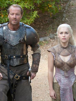 Extra Scoop: &#039;GoT&#039; Recap -- War Wounds, Warlocks and White Walkers