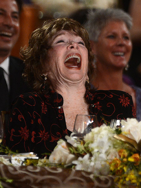 'Extra' with Shirley MacLaine for AFI Life Achievement Award