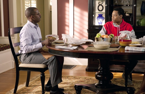 Courtney B. Vance Plays Dad in Disney Channel&#039;s &#039;Let It Shine&#039;