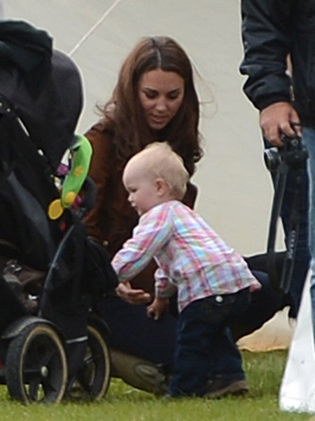 Extra Scoop: Kate Middleton and Prince William: Royal Baby Fever?