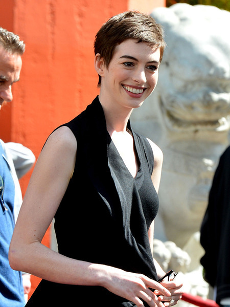 &#039;Dark Knight Rises&#039;: Anne Hathaway&#039;s Feline Fitness Regime