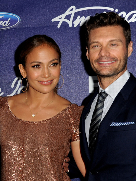 'Idol' Shakeup: Jennifer Lopez Tells Ryan Seacrest She's Leaving 'Idol'