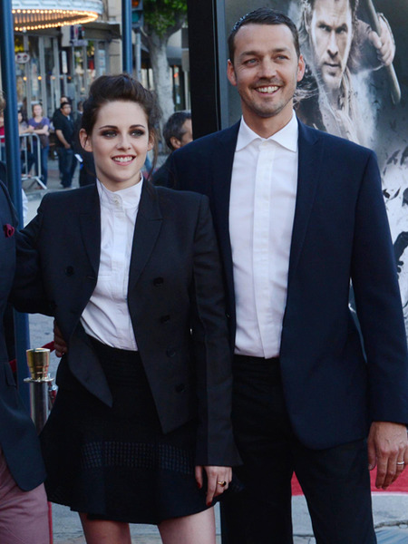 Kristen Stewart's Married Man Spied with Wedding Ring
