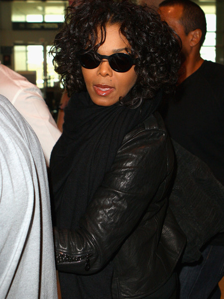 Janet Jackson Blames Michael's Estate Executors for Family Feud