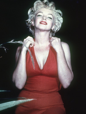 Extra Scoop: Remembering Marilyn Monroe 50 Years After Her Tragic Death