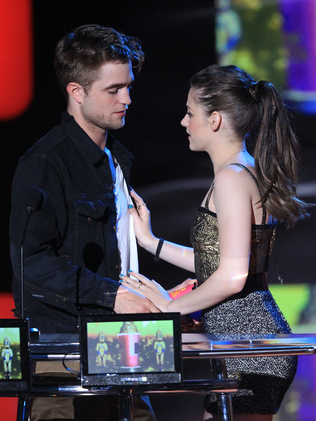 RPatz and KStew Booted from Forbes' Highest-Paid Celeb Couples List