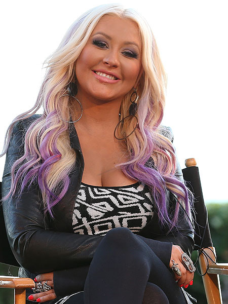 How to Get Christina Aguilera&#039;s Purple &#039;Do