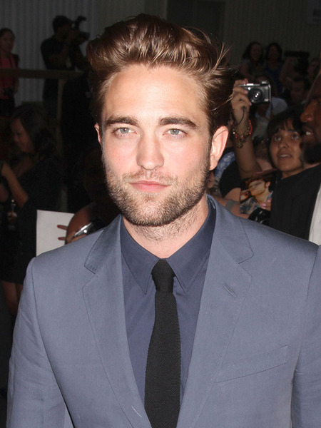 Video! Robert Pattinson Breaks Silence on 'Daily Show'