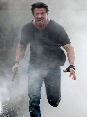 Extra Scoop: &#039;Expendables 2&#039; Takes Over Box Office