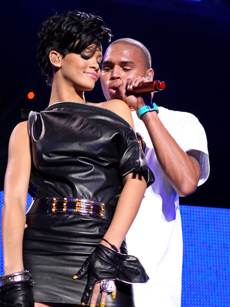 Rihanna: &#039;I Truly Love Chris Brown&#039;