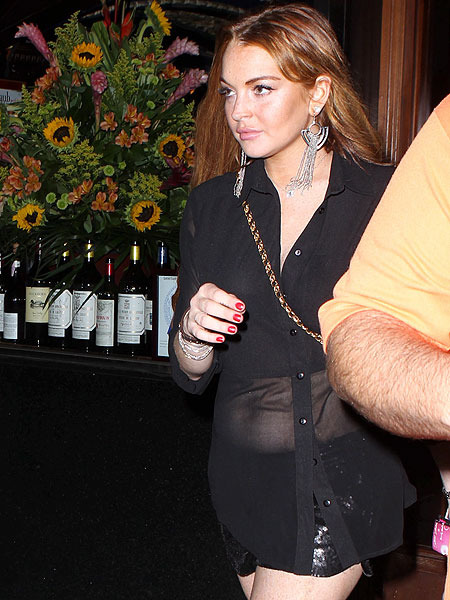 Lindsay Lohan, Chateau Marmont Working Out Unpaid Tab