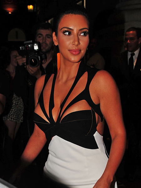 Kim Kardashian Sizzles in NYC, Talks Babies on &#039;The View&#039;