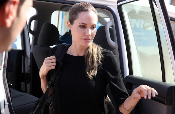 Angelina Jolie Visits Syrian Refugees, Pleads for Action