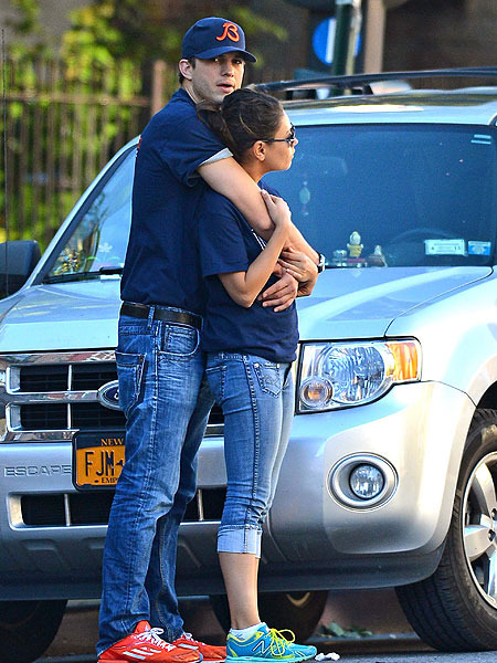 Pic! Ashton Kutcher and Mila Kunis Look Cuddly Cute