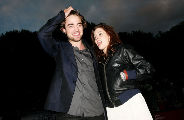 Robert Pattinson and Kristen Stewart Living Together?