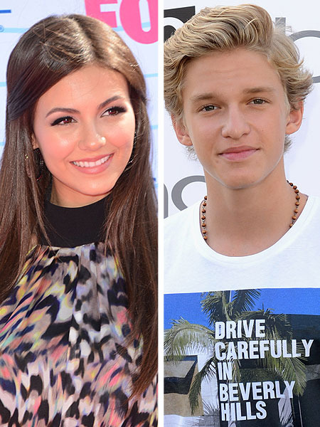 Victoria Justice and Cody Simpson Sing for a Good Cause