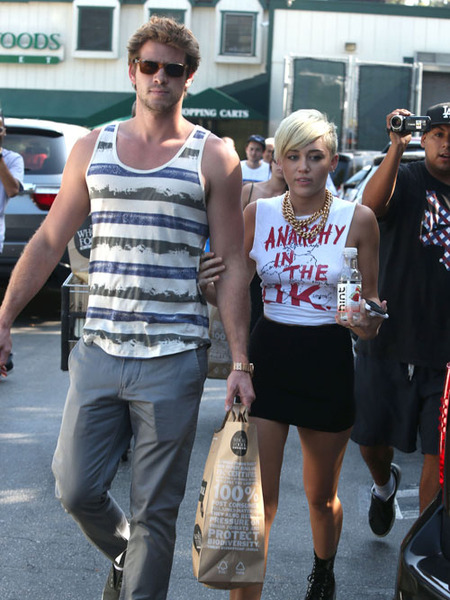 Liam Hemsworth Wants Miley Cyrus to Quit Twitter?