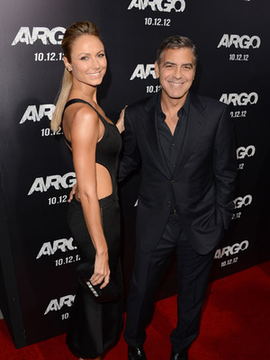 Extra Scoop: George Clooney, Stacy Keibler Attend Argo Premiere