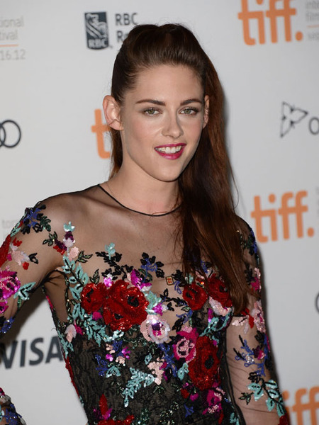 Kristen Stewart Says Yes to Florabotanica, No to Old Lady Perfume
