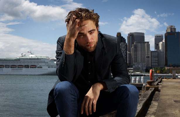 Pics! Robert Pattinson&#039;s Brooding &#039;Twilight&#039; Photo Shoot in Sydney