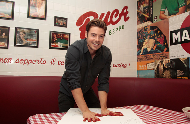 Video! Josh Henderson's 30th Birthday Party at Buca di Beppo