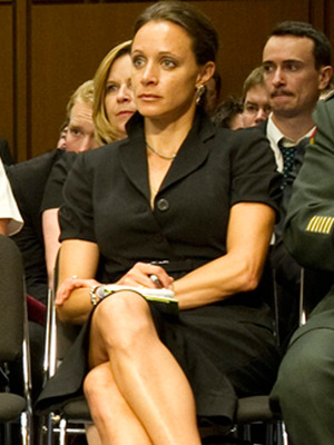 Paula Broadwell 'Deeply Regrets' Affair, Say Friends