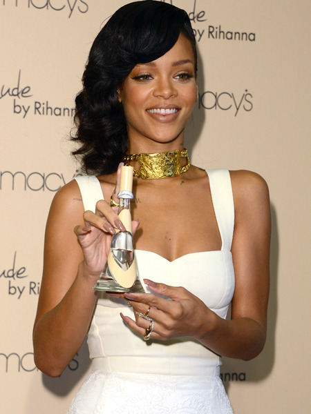 Rihanna Buys $12-Million Mansion