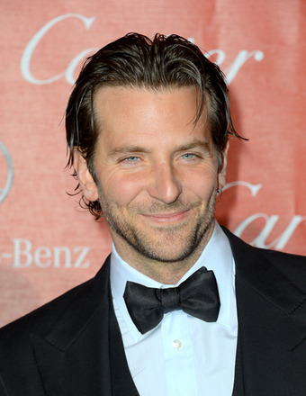 Bradley Cooper, Ben Affleck Fly Solo at Palm Springs Film Festival