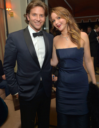 SAG Awards 2013: Stars Hit the After-Party with 'Extra'