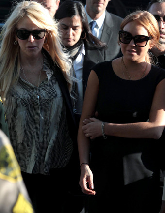 Rumor Control: Lindsay and Dina Lohan Facing Foreclosure?