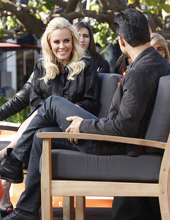 Jenny McCarthy on Looking Fit for Photo Shoots: The Soup Diet