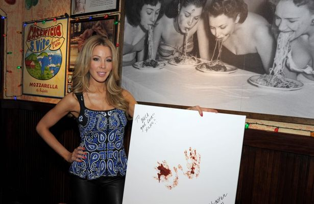 'Miami' Housewife Lisa Hochstein Attends Restaurant Opening