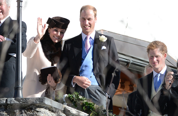 Pregnant Kate Middleton and Price William Brave Swiss Alps for Wedding