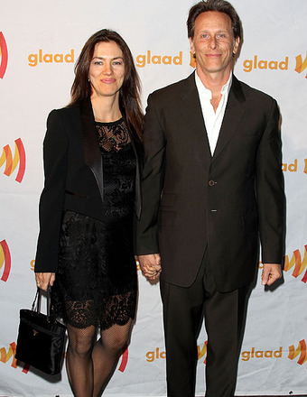 Steven Weber and Wife to Divorce