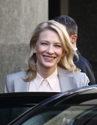Cate Blanchett took a car from the Armani Hotel to fashion designer Giorgio Armani&#039;s house in Milan.