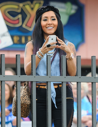 "Snooki was spotted hanging out on the Seaside Boardwalk after visiting the ""Today Show"" on Friday."