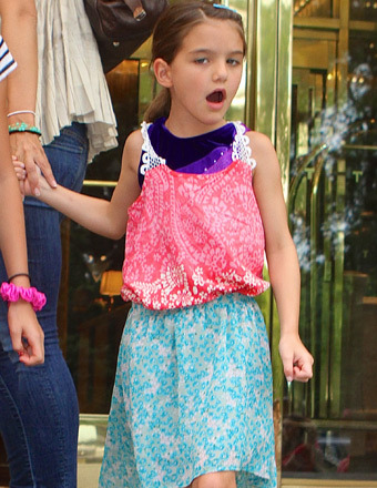 Suri Cruise Yells at Paparazzi, Photog Calls Her a Brat and the B-Word!
