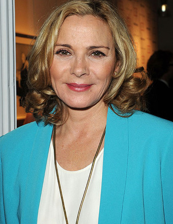 Kim Cattrall Adopts New 'Fizzy Yoga' Fitness Trend