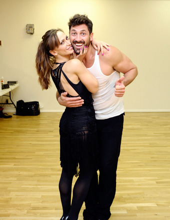 'DWTS' Semi-Finals: Maks Chmerkovskiy Judges, Gets a Kiss from Ex Karina Smirnoff