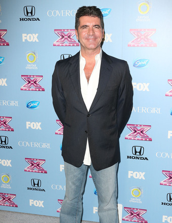 Simon Cowell: 'I Haven't Been Ring Shopping'