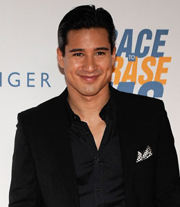 Mario Lopez will host Westminster Dog Show