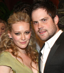 Hilary Duff and Mike Comrie are engaged
