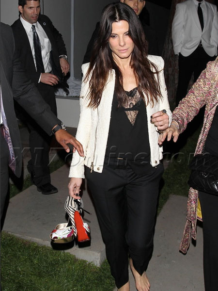 Sandra Bullock Feet Archive http://www.extratv.com/2012/02/25/sandra-bullock-and-stars-step-out-for-caa-pre-oscar-shindig/