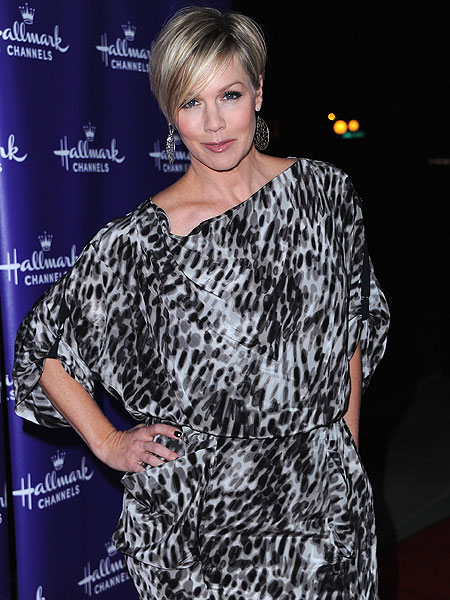 jennie-garth.jpg