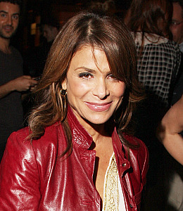 still no american idol deal for paula abdul