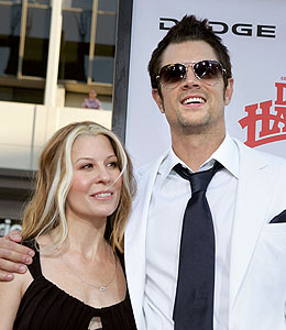 Johnny Knoxville is officially single   quot Extra quot  has obtained the    Johnny Knoxville Ex Wife